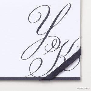 結婚式 招待状 Initial ネイビー / リボン ネイビー イメージ